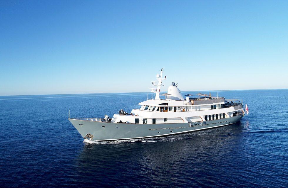 Аренда яхты MENORCA