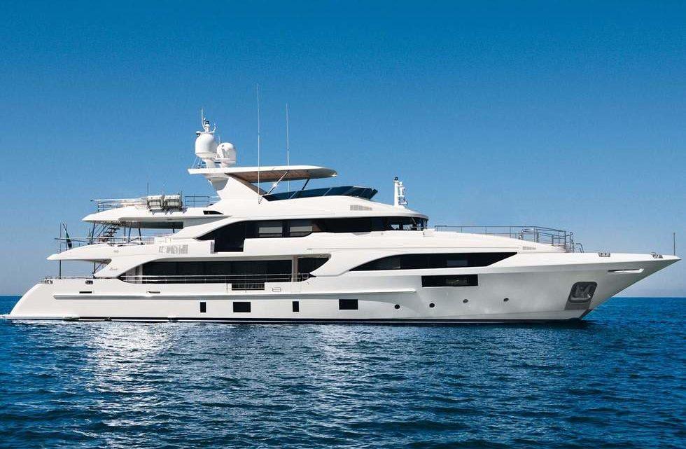 Продажа яхты Benetti Classic Supreme 132