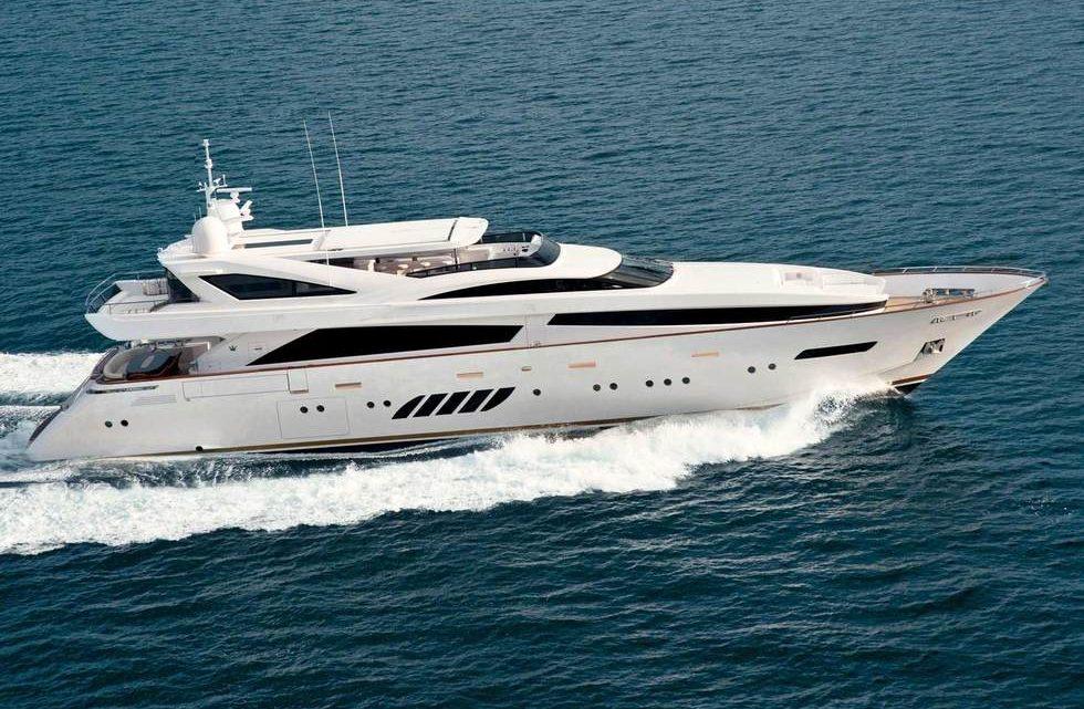 Продажа яхты Dominator 40M