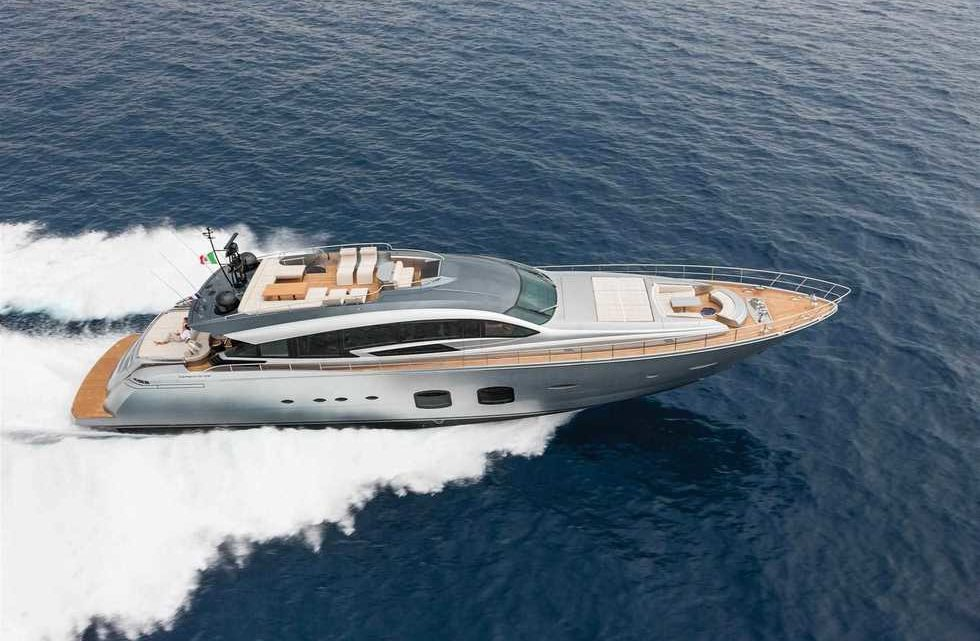 Продажа яхты Pershing 108